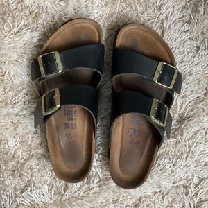 "Birkenstocks ""Arizona"" Soft Footbed Sandals (Wide)"